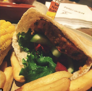 Pixee Pea - Eating Vegan at Nandos